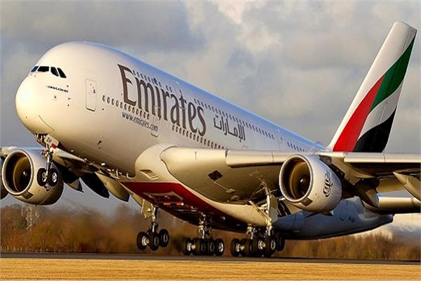 «الإمارات» ثاني أكبر شركة طيران في الشحن الجوي بـ 12.7 مليار طن