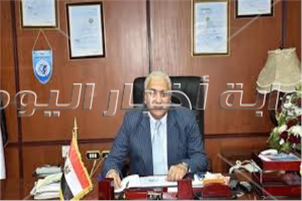 رئيس جامعة مدينة السادات