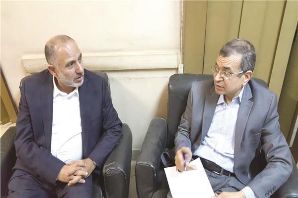 د. محمد المهدي خلال حواره للأخبار
