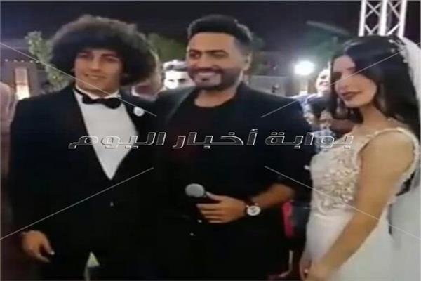 تامر حسني يحيي حفل زفاف حسين السيد