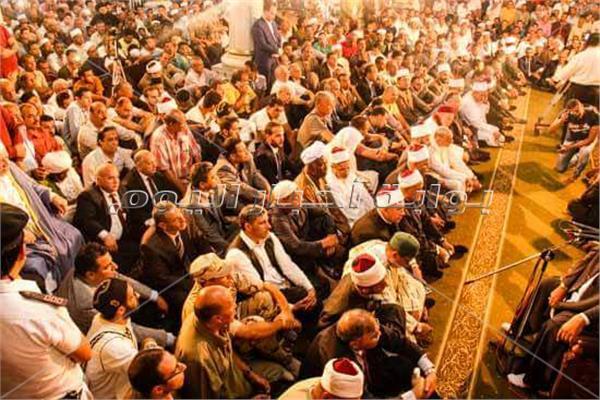 جانب من الاحتفال في الحسين