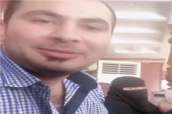 مشهد من مقطع الفيديو المتداول على وسائل التواصل الاجتماعي