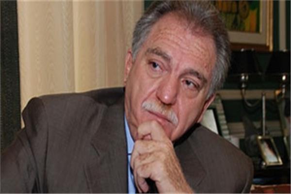 محمود أباظة الرئيس الأسبق لحزب الوفد