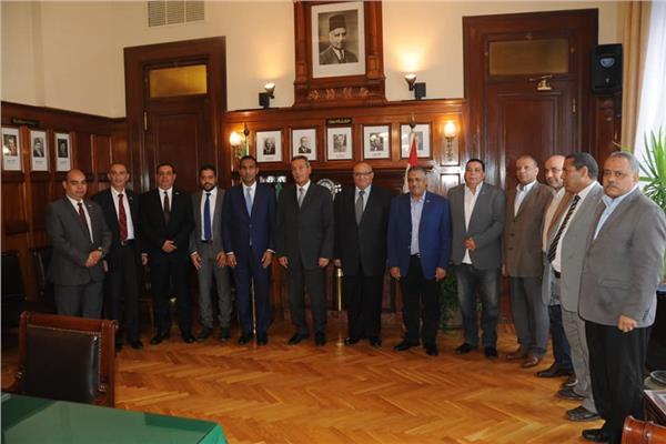بنك مصر يوقيع بروتوكول تعاون مع جامعتي عين شمس ودمنهور