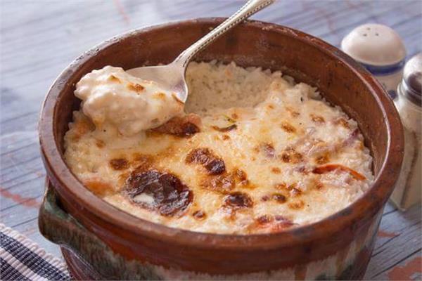 طبق اليوم.. الأرز المعمر بالدجاج