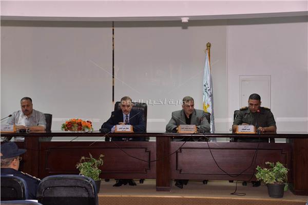 اجتماع الازمات والكوارث بمحافظة أسيوط