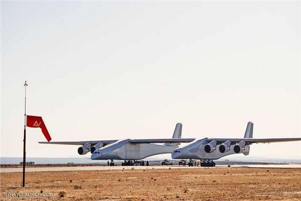 صور| أكبر طائرة في العالم تتجاوز الاختبارات بنجاح