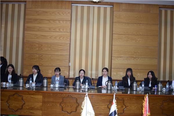 وفد طلاب جامعة بكين للغابات الصينيه يختتم زيارته لجامعة بنها