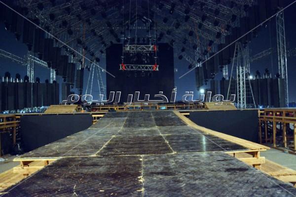 مسرح حفل تامر حسني بساحة كايرو فيستفال