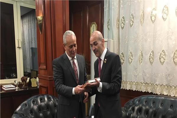 سفير چورچيا مع محافظ الأقصر