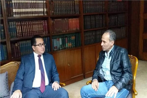 رئيس الهيئة المصرية العامة للكتاب الدكتور هيثم الحاج على