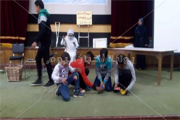 طلاب المدارس الفكريه يشاركون في الاحتفال بيوم الطفل المعاق بالوادي الجديد