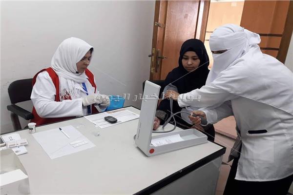 توزيع الفرق الطبية المتحركة علي اماكن الزحام بالعريش