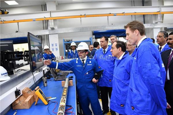 وزير البترول يبحث مع رئيس «شلمبرجير» زيادة استثماراتهم فى مصر