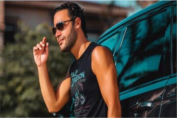 الفنان محمد عادل إمام
