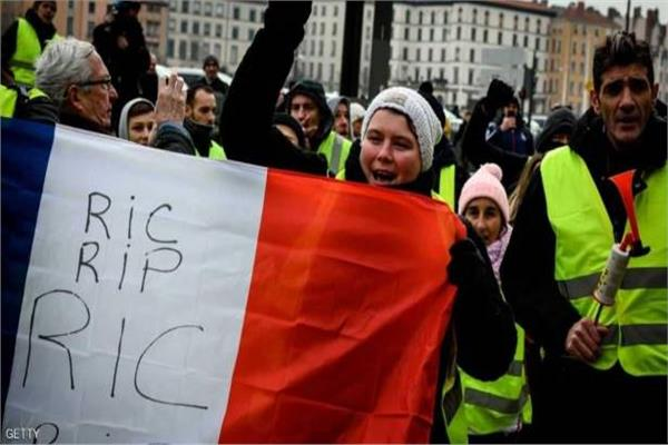 تظاهرات أصحاب السترات الصفراء بفرنسا
