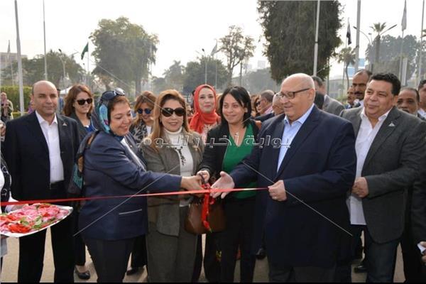 د.عبد الوهاب عزت رئيس جامعة عين شمس