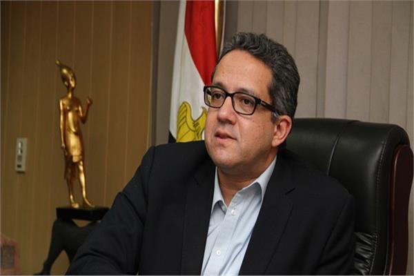 د. خالد العناني وزير الآثار