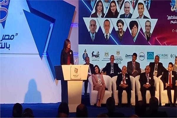 بدء الجلسة الثانية لمؤتمر «مصر تستطيع بالتعليم»