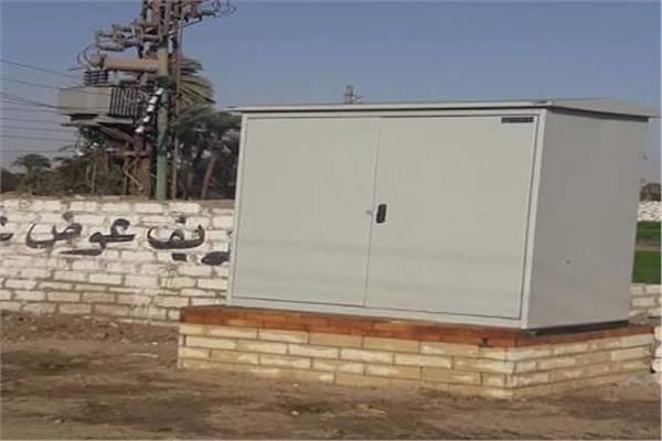 كشك كهرباء يهدد حياة أهالي قرية البحيرة بأسوان