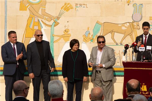أشرف عبدالباقي يشارك الهلال الأحمر احتفاله باليوم العالمي للتطوع