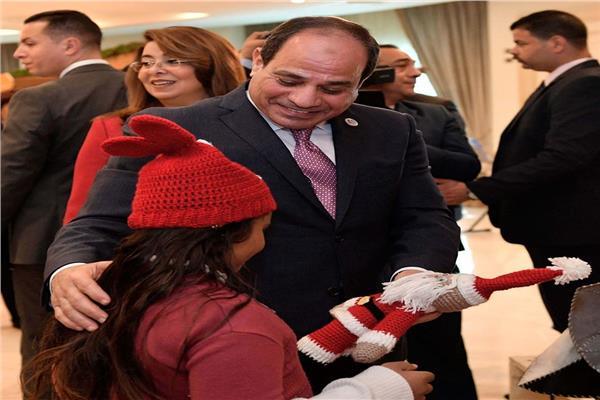الرئيس السيسي يحتفي بالأطفال ذوي الإعاقة