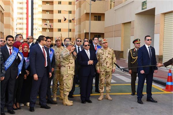الرئيس السيسي خلال افتتاح مشروع بشاير الخير 2