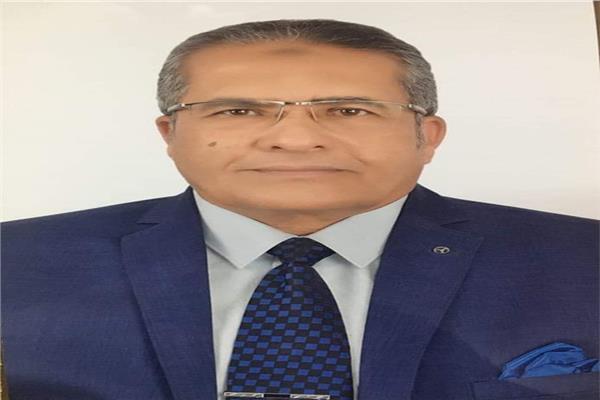الدكتور محمد عبد الحي عطيفي
