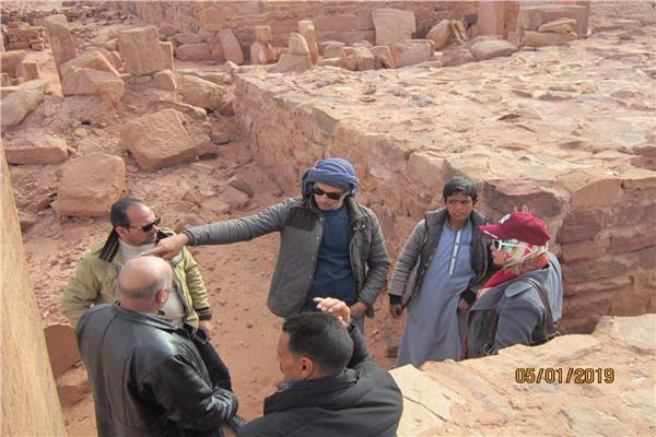 توثيق«النقوش الصخرية» بجنوب سيناء