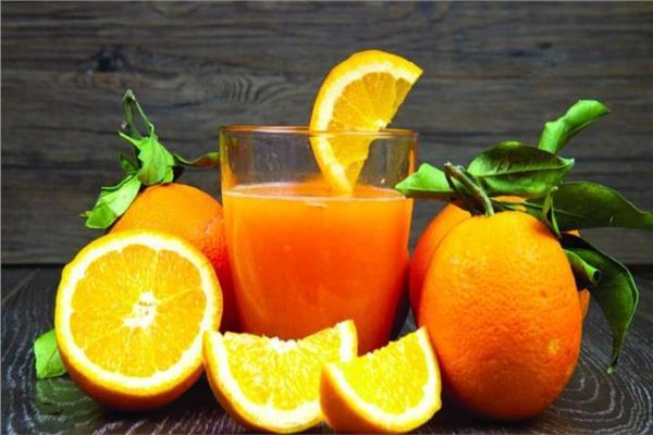 4 فوائد لعصير البرتقال أبرزها يفي من الخرف