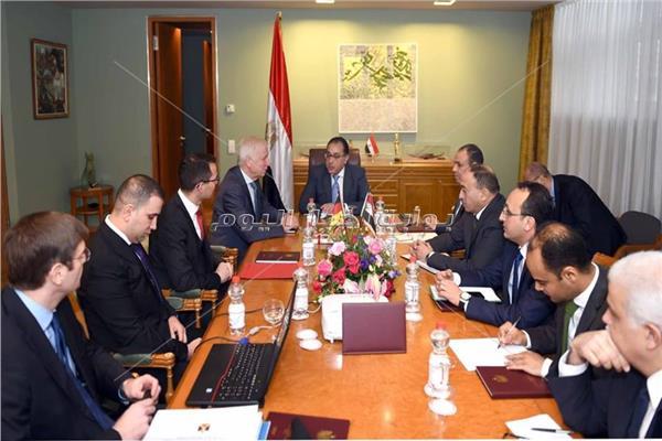 رئيس الوزراء يلتقى نائب رئيس البرلمان المحلى لولاية براندنبورج الألمانية