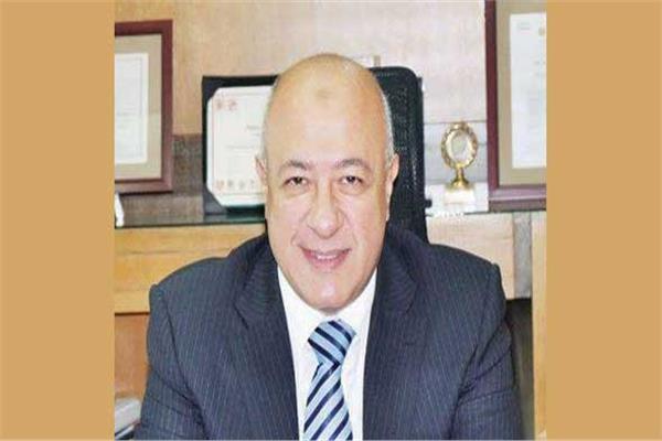 يحيى أبو الفتوح نائب رئيس البنك الأهلي