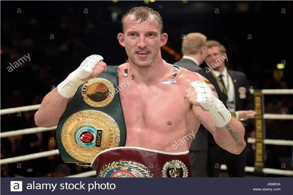 بطل الملاكمة