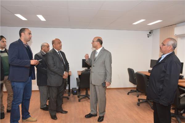 د. المنشاوى نائب رئيس جامعة أسيوط في سفارة المعرفة