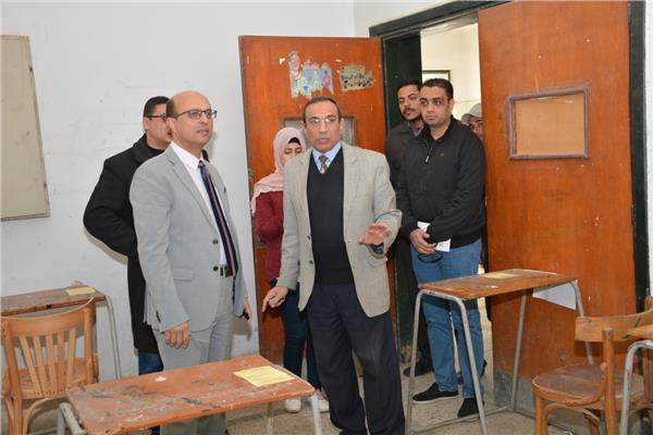 سير الامتحانات بجامعة أسيوط