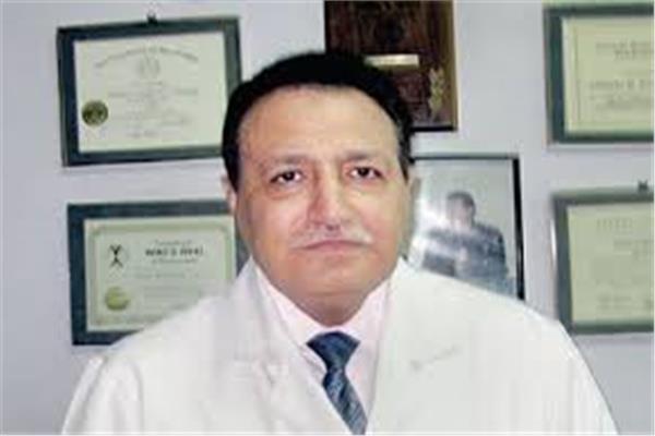 الدكتور عبد الهادى مصباح