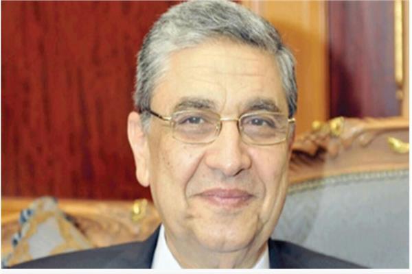 وزير الكهرباء دكتور محمد شاكر