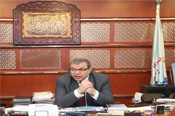 محمد سعفان وزير القوي العاملة