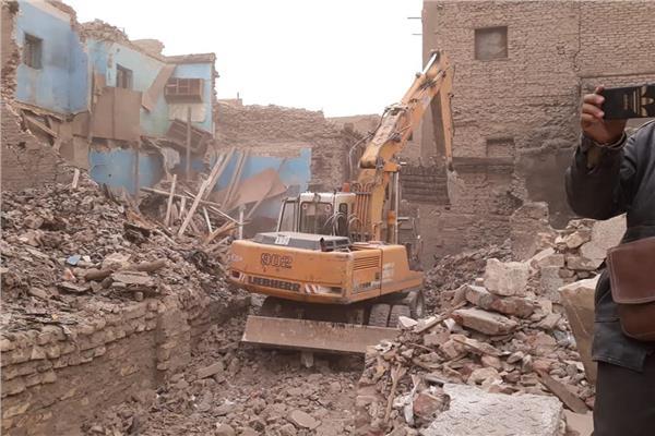 إزالة 9 تعديات على أراضي الآثار خارج أسوار قلعة صلاح الدين