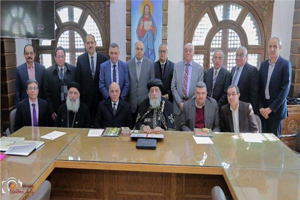 البابا تواضروس يلتقي مع أعضاء الأمانة العامة