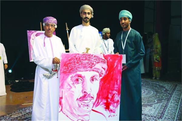 جانب مهرجان الرستاق العربي للمسرح الكوميدي بـ«عُمان»