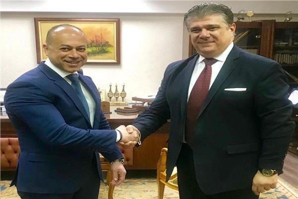 إعلام المصريين توقع بروتوكول تطوير التلفزيون المصري