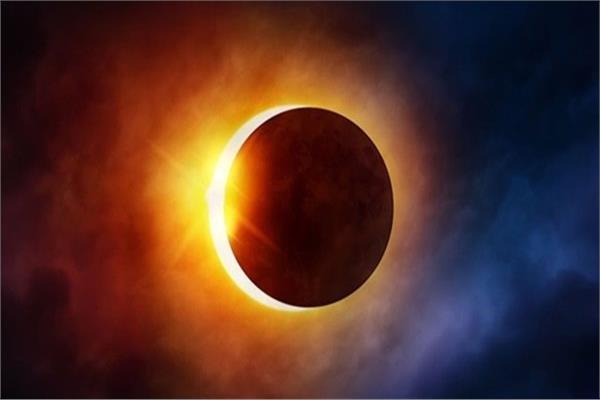 لحظة خسوف القمر حول العالم