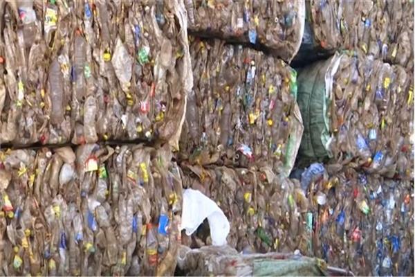 الزجاجات البلاستيكية بديل جديد للقطن في مصر