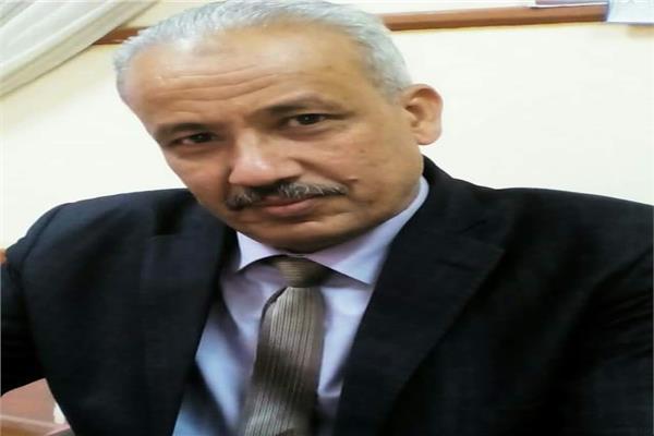 عبد اللطيف أحمد عمران مدير مديرية التربية والتعليم بالأقصر