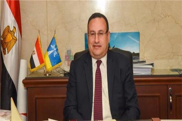 محافظ الإسكندرية يستعرض خطة المشروعات القومية أمام البرلمان