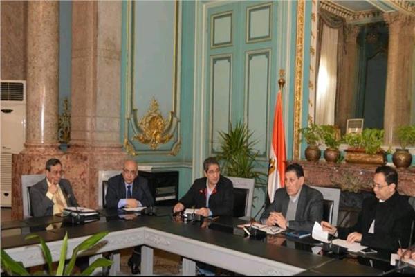 اجتماع اللجنة المنظمة للمؤتمر العلمي الثامن لجامعة عين شمس