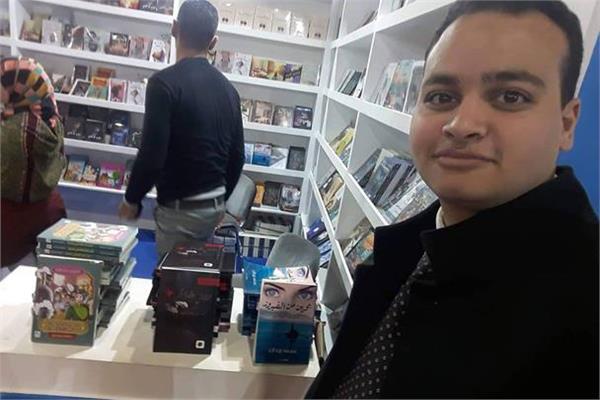 الأديب أحمد محمد منصور