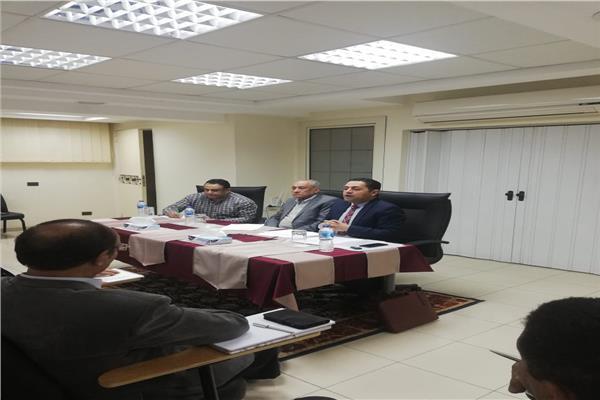 رئاسة الطائفة الإنجيلية تناقش ملف توفيق أوضاع كنائسها