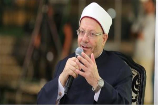 الدكتورشوقي علام مفتي الجمهورية